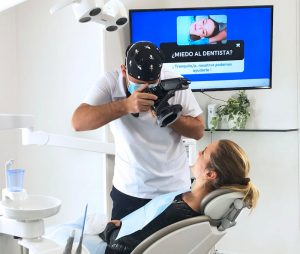 atención al paciente clínica dental ilzarbe